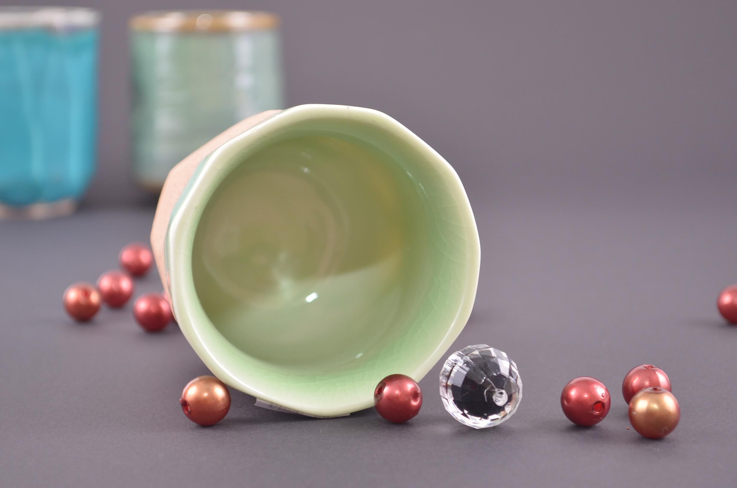 czarka do picia herbaty, czarka do herbaty, japońska czarka, hiwa yunomi