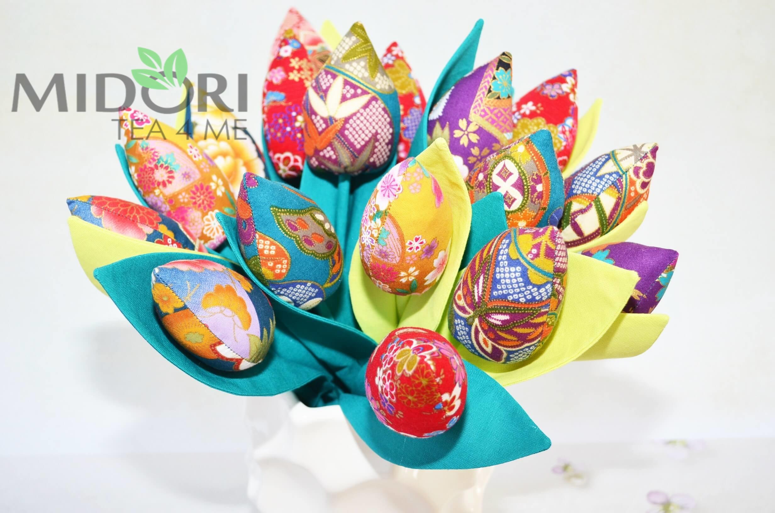 ręcznie szyte kwiaty, kwiaty szyte, ręcznie szyte tulipany, z okazji dnia matki