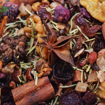 Czarna herbata mandarynkowo-piernikowa, herbata mandarynkowa, zimowa herbata, świąteczna herbata, rozgrzewajaca herbata, sklep z herbatą