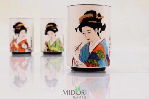 Porcelanowy kubek Japońska Gejsza, Porcelanowy kubek, Japońska Gejsza, kubek z gejszą, japoński kubek z gejszą, porcelanowy kubeczek, japońska porcelana, kubek z porcelany, kubeczek z porcelany, gejsze kubki, kubki gejsze,