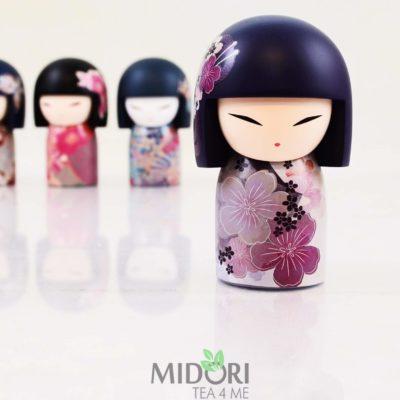 Japońska laleczka Kiyomi, japońska laleczka na prezent, japońska laleczka na prezent, japoński prezent, kimmidoll collection, lalka kimmidoll