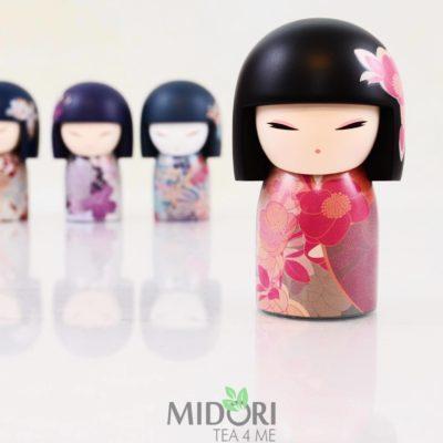 Japońska laleczka Mana, japońska lalka na prezent, kimmidoll collection, japoński prezent, pomysł na prezent, pomysł na prezent