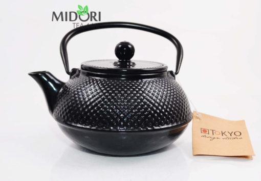 dzbanek żeliwny, zaparzacz do herbaty żeliwny, czajnik zeliwny, dzbanek żeliwny z sitkiem, imbryk żeliwny do herbaty, tradycyjny dzbanek do parzenia herbaty, imbryk z sitkiem